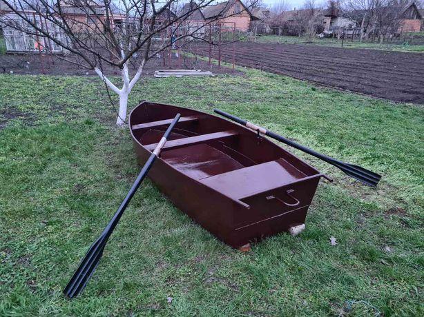 Лодка    железная