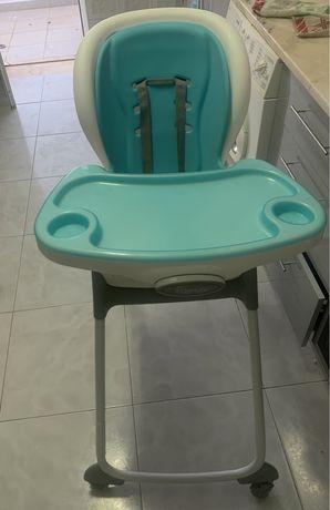 Cadeira de refeicao para bebe