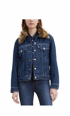 НОВАЯ куртка Levi's М размер с утеплителем