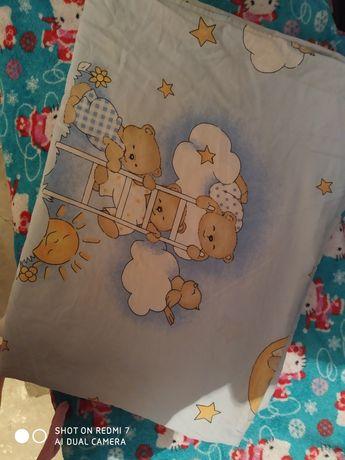 Детская постель (одеяло, подушка, защита)