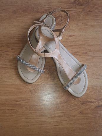 Sandałki CCC 38