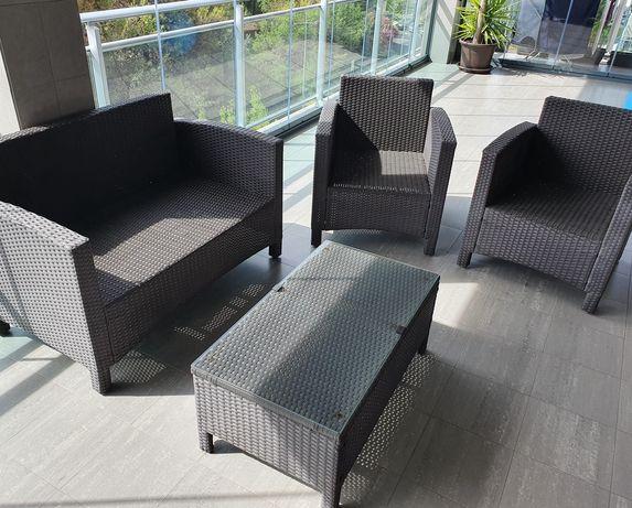 Mobília de jardim