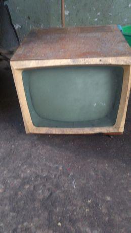 Telewizor lata 60te Alladyn 2 DIORA
