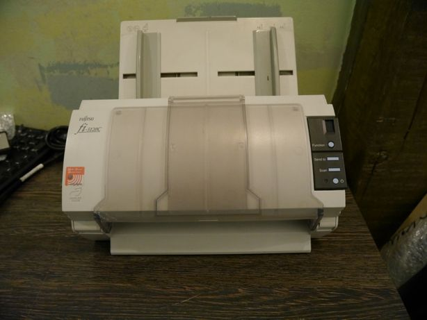 Протяжный документ-сканер Fujitsu fi-5120c 25 стр/мин