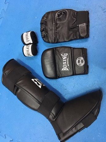 перчатки бинты футы (набор)