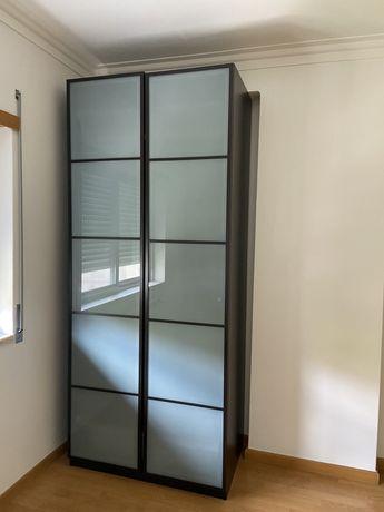 Roupeiro Ikea 2 portas