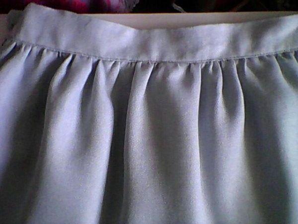 Красивая юбка-миди.