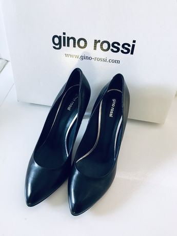 Gino Rossi 39,5 39 pantofle czółenka czarne na obcasie