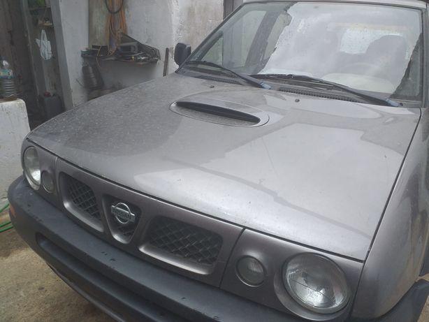 Farois Nissan terrano II 1999