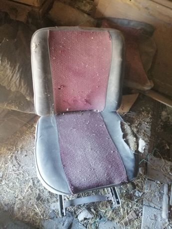Stare fotele samochodowe