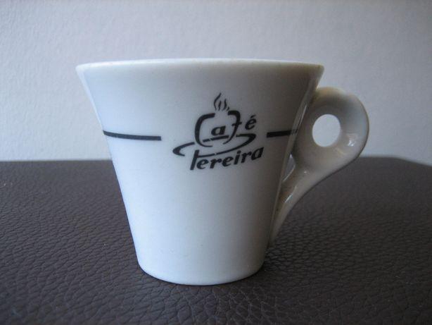 Chavena Vista Alegre Café Pereira anos 60