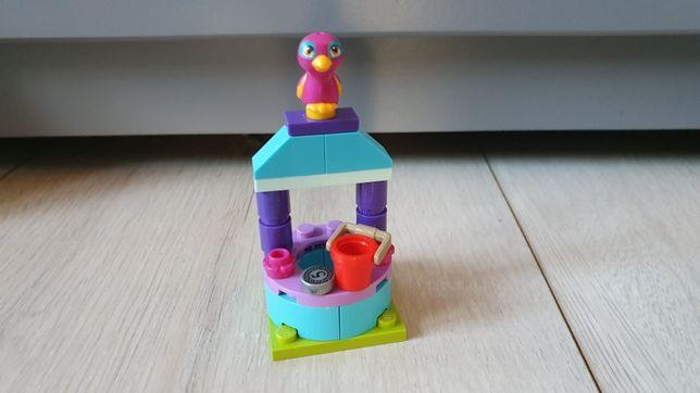 Klocki LEGO friends studnia życzeń, saszetka, papuga