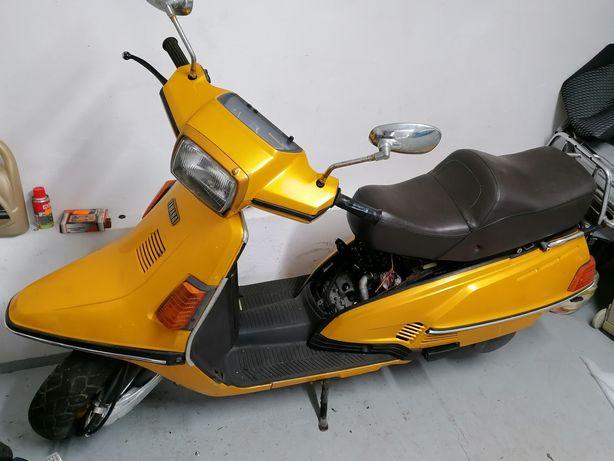 Yamaha Riva  Cygnus xc 180