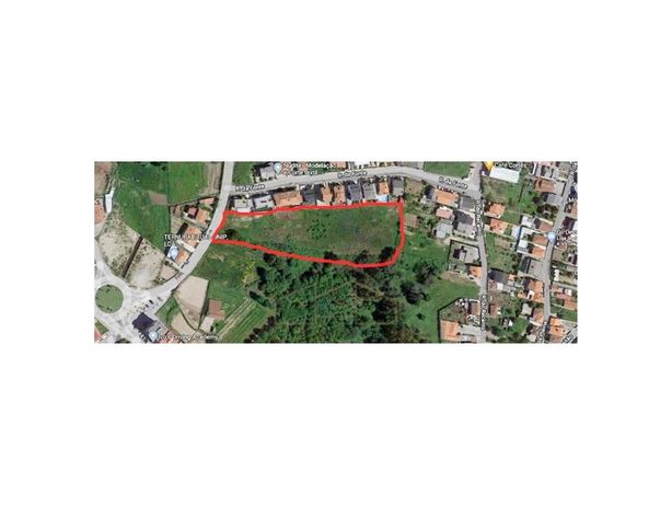 Terreno Urbano com 12.920m2 em Paços de Ferreira