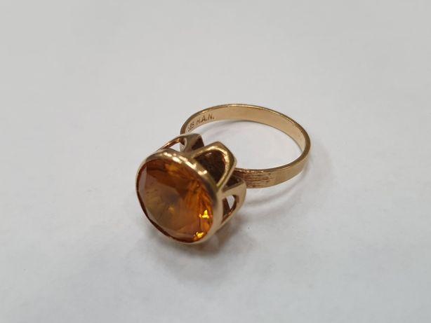 Piękny złoty pierścionek damski/ Żółty kamień/ 585/ 4.75 gram/ R13