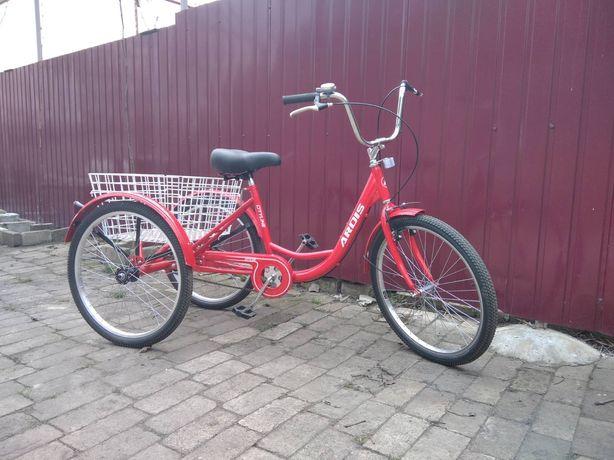 Новый трёхколёсный велосипед