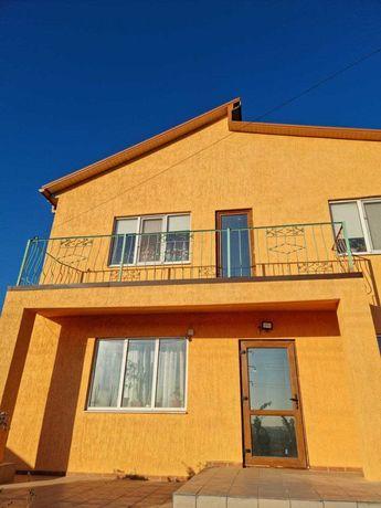 Продам двоповерховий будинок