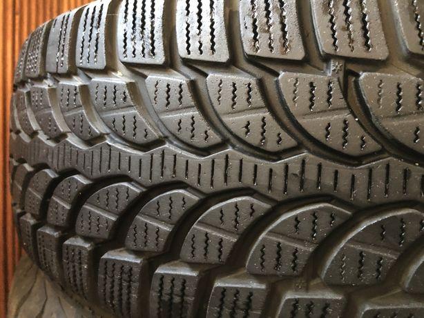 Продам резину Bridgestone Blizzak LM-32 зима