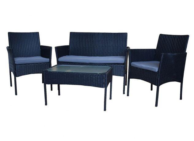 Zestaw mebli rattanowych fotele stolik czarny z szarymi poduszkami