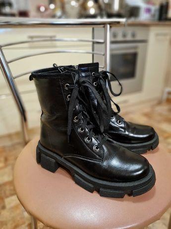 Ботинки натуральная кожа в стиле милитари 37р. ( 23.8 см.)