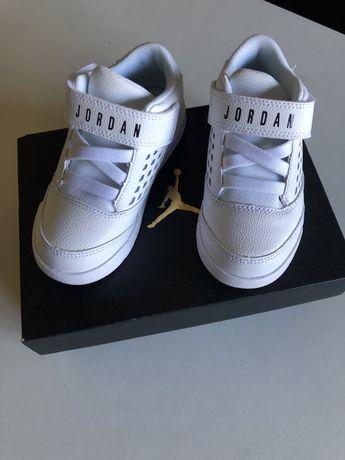 Sapatilhas Nike Jordan tam 26