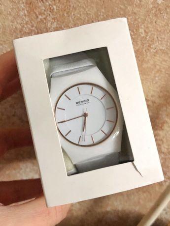 Часы Bering 32035-656