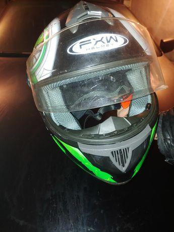 Шлем FXW  HELMET в отличном состоянии розмер  S