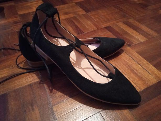 Sapatos rasos clássicos n°36