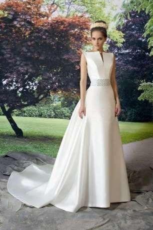 suknia ślubna rozm 40 ecru