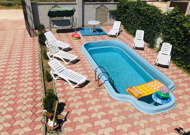 Жилье в Кирилловке с бассейном