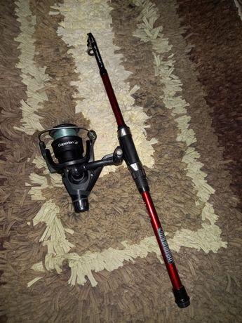 Cana pesca à amostra com carreto