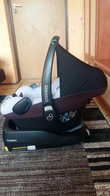 Zestaw nosidełko Maxi-Cosi Pebble oraz baza FamilyFix