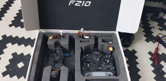 Dron wyścigowy Walkera f210 + nadajnik + kamera + aku