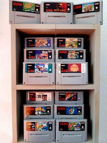 Coleção de jogos para a Super Nintendo/SNES (Axelay, Mario, Yoshi)