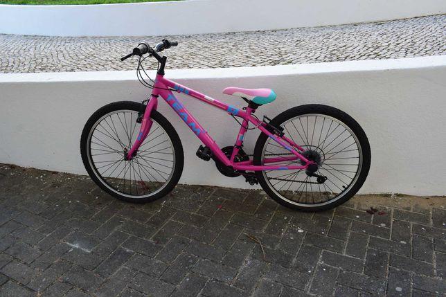bicicleta cor de rosa nova