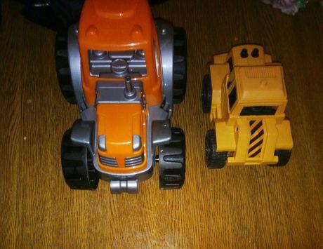 Продам детские игрушки-трактор  -Технопарк  , и китайский бульдозер.