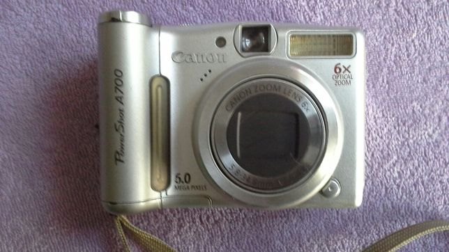 Aparat fotograficzny Canon PowerShot A700 6MPix, 1GB, kabel USB