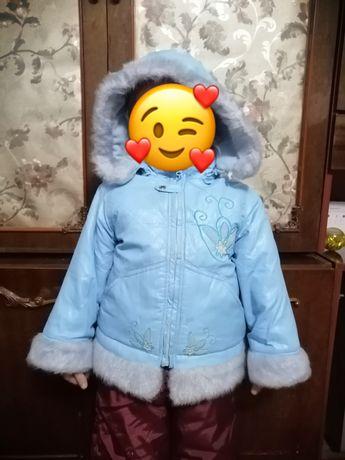 Курточка зимняя с красивым узором