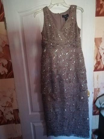 Продам платье 46-48 размера