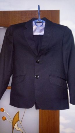 Школьный костюм от West Fashion.