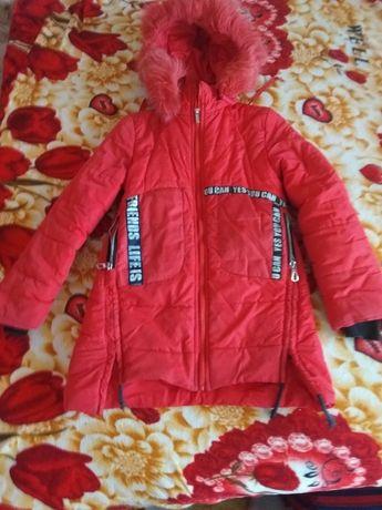 Продам куртку зімню на девочку 10-12л