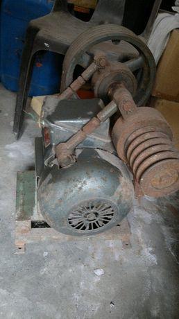 motor trifasico com redução