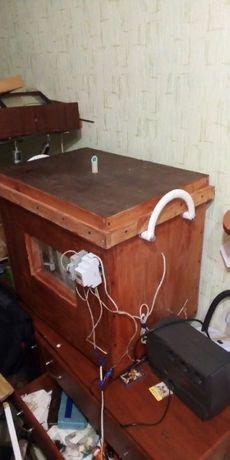 инкубатор для пчеломаток