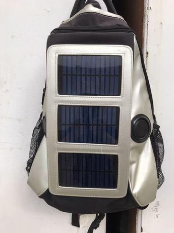 Продам рюкзак на солнечной  батареи