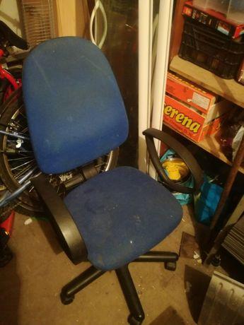 Krzesło biurowe używane
