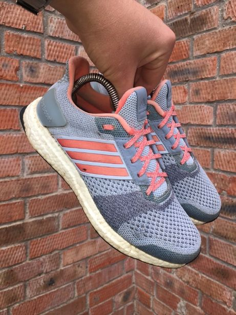 Кроссовки Adidas Ultra Boost Размер 38,5 (24,5 см.)