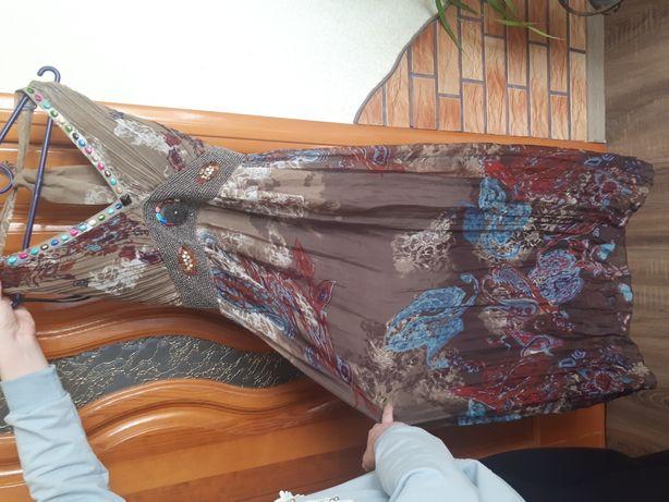 Продам летний сарафан, платье макси длиное