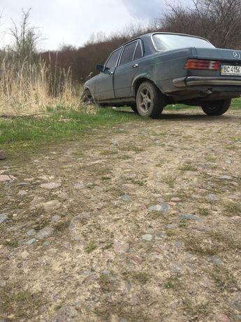 Мерседес w123 200d