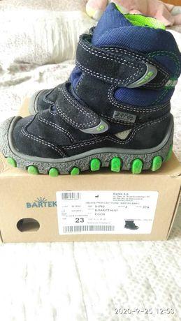 Ботинки зимние, термоботинки, полусапожки Bartek для мальчика 23 р.