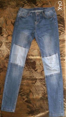 Spodnie slim, skinny, rurki Reserved z łatami W27, L32